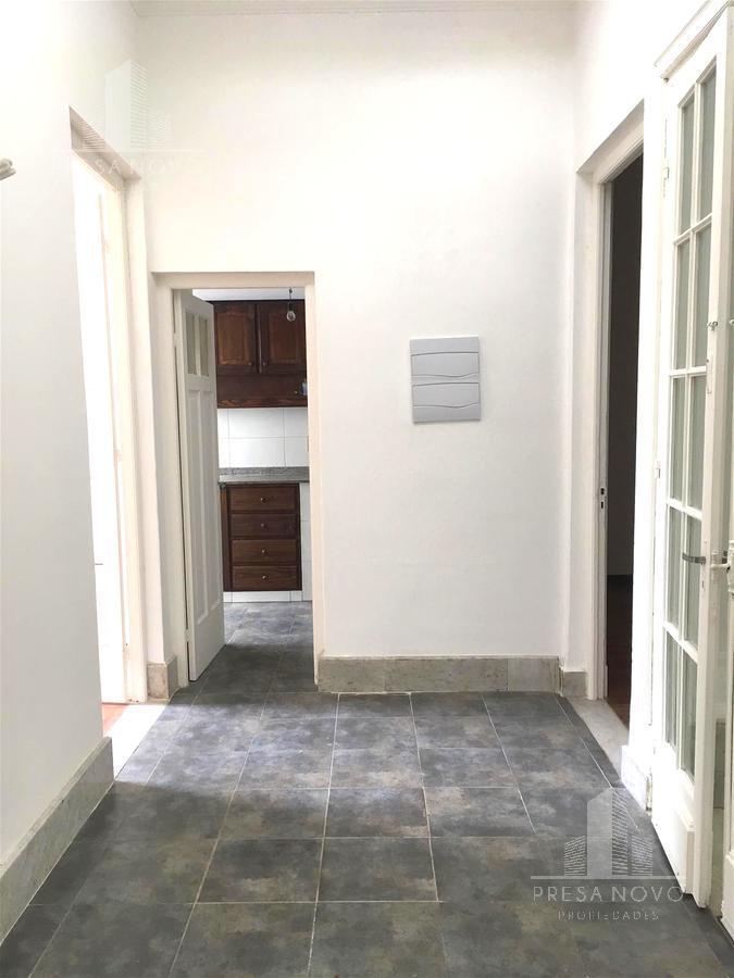 Foto Casa en Venta en  Cordón ,  Montevideo  Canelones al 2200