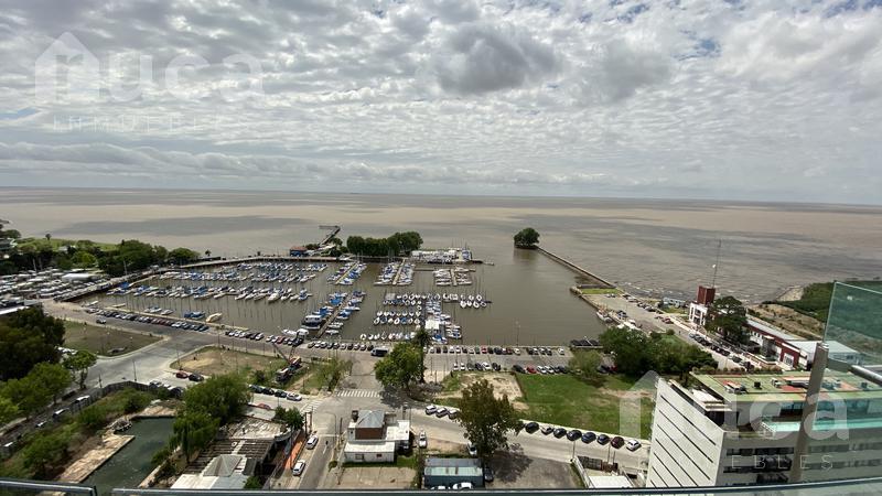 Foto Departamento en Venta en  Olivos-Vias/Rio,  Olivos                          Excelente Departamento con Vista abierta al río en el Puerto de Olivos!