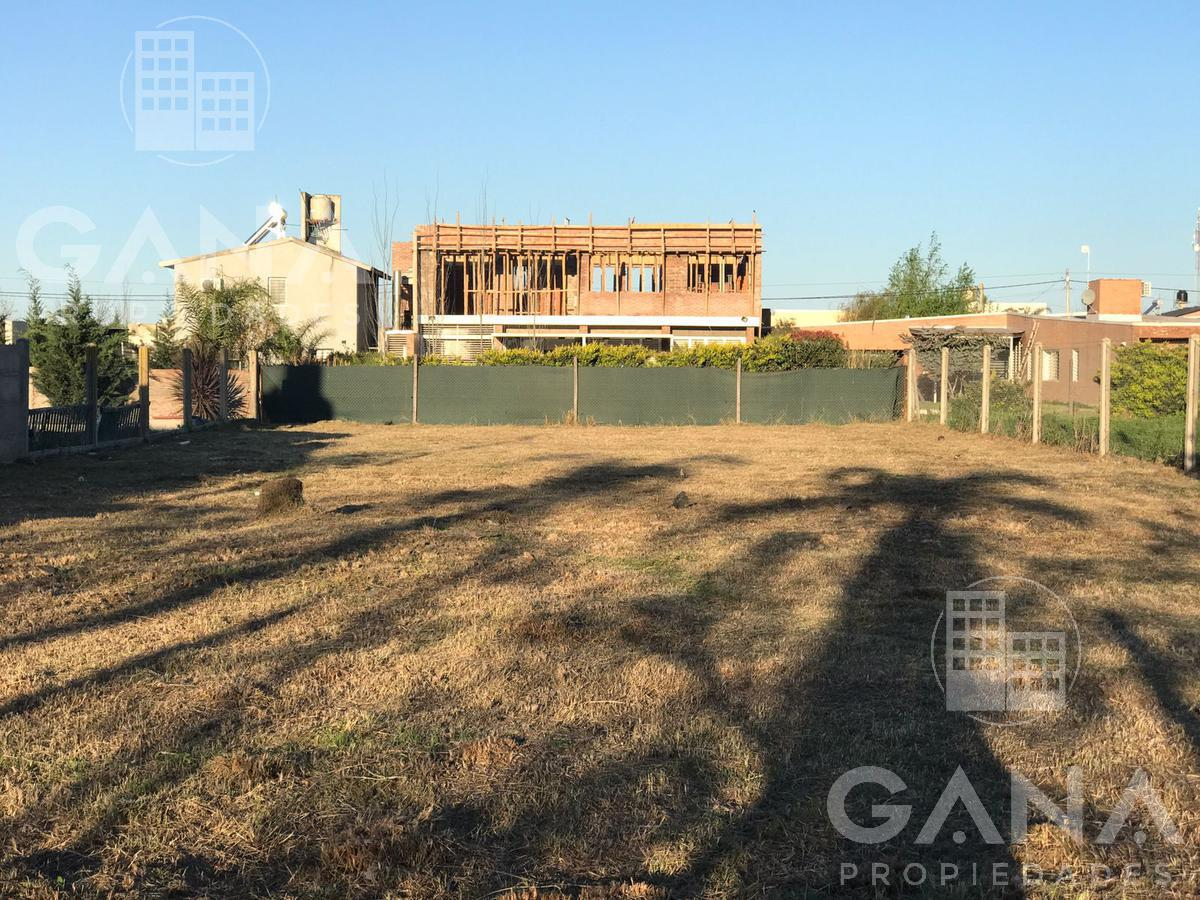 Terreno 16x48 m2 cercado con postes de hormigon - Funes City