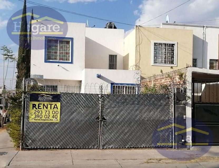 Casa Renta 3 Recámaras Esquina Fraccionamiento Jardines Santa Julia León Gto