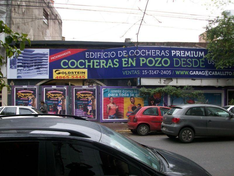 Foto Cochera en Venta en  Caballito ,  Capital Federal  AVELLANEDA AV. 300