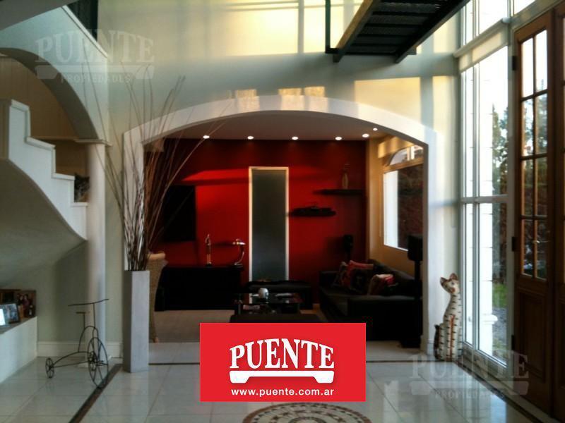 Foto Casa en Venta en  Venado,  Countries/B.Cerrado (E. Echeverría)  Venado 1 - Casa Cómoda y Funcional!