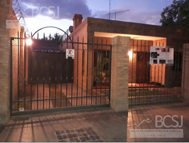 Foto Casa en Venta en  Capital ,  San Juan  Mendoza al 2000