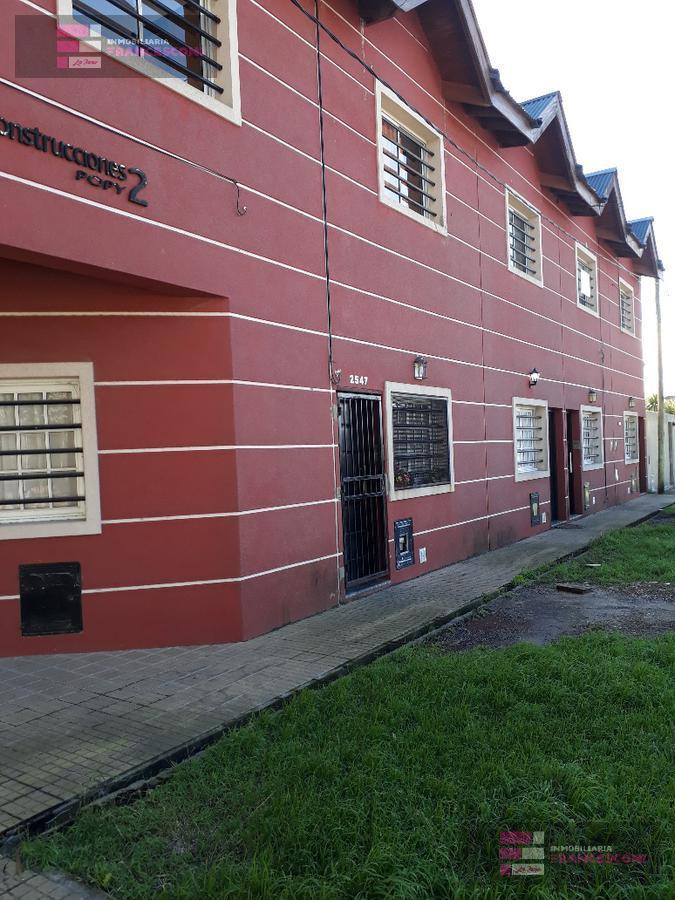 Foto Casa en Venta en  Los Hornos,  La Plata  146 Y 63