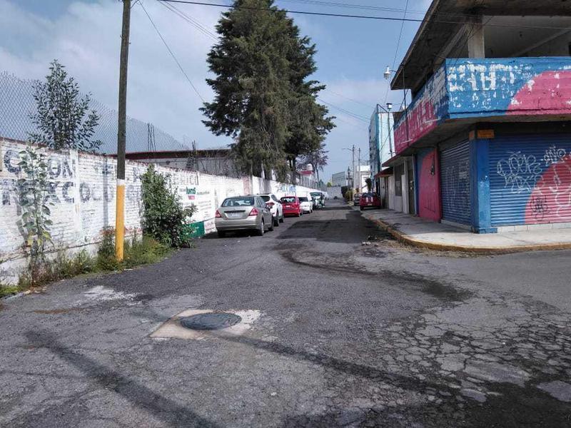 Foto Local en Venta en  Texcoco ,  Edo. de México  Texcoco, Edo. DE México Calle Chabacano No. 30 Esquina CON Calle Ciruelos Fraccionamiento SAN Martin