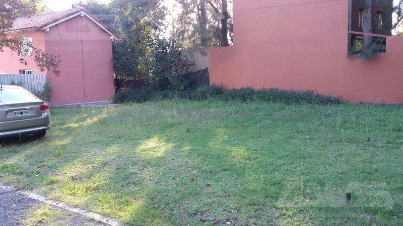 Foto Terreno en Venta en  Barrio Parque Leloir,  Ituzaingo  Las cabañas al 2300
