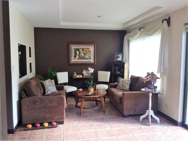 Foto Casa en condominio en Venta |  en  Santana,  Santa Ana  Santa Ana
