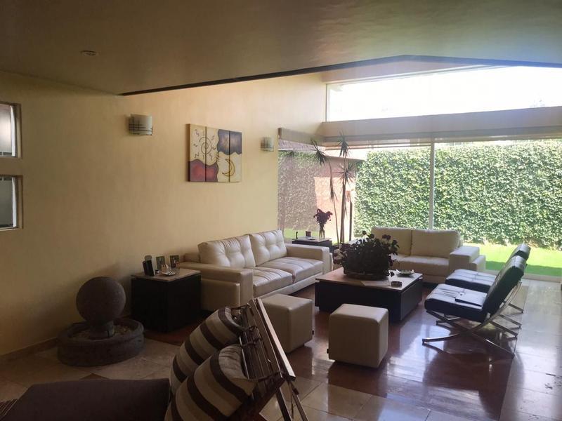 Foto Casa en Venta en  Hacienda de las Palmas,  Huixquilucan  INTERLOMAS / HACIENDA DE LAS PALOMAS
