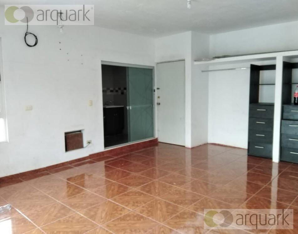 Foto Casa en Venta en  Urbi Villa del Rey 1er. Sector,  Monterrey  VENTA CASA URBI VILLA DEL REY 1ER SECTOR