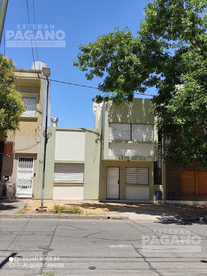 Foto Casa en Venta en  La Plata,  La Plata  6 e 36 y 37 N° 245