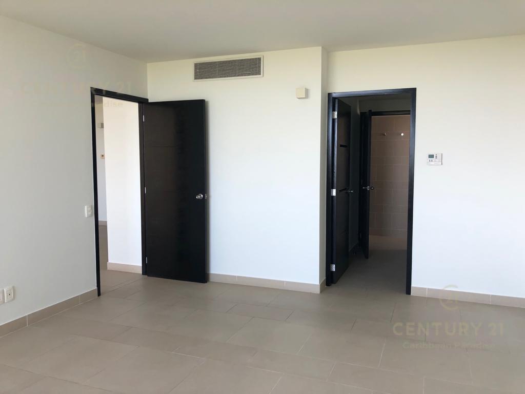 Puerto Cancún Departamento for Venta scene image 3
