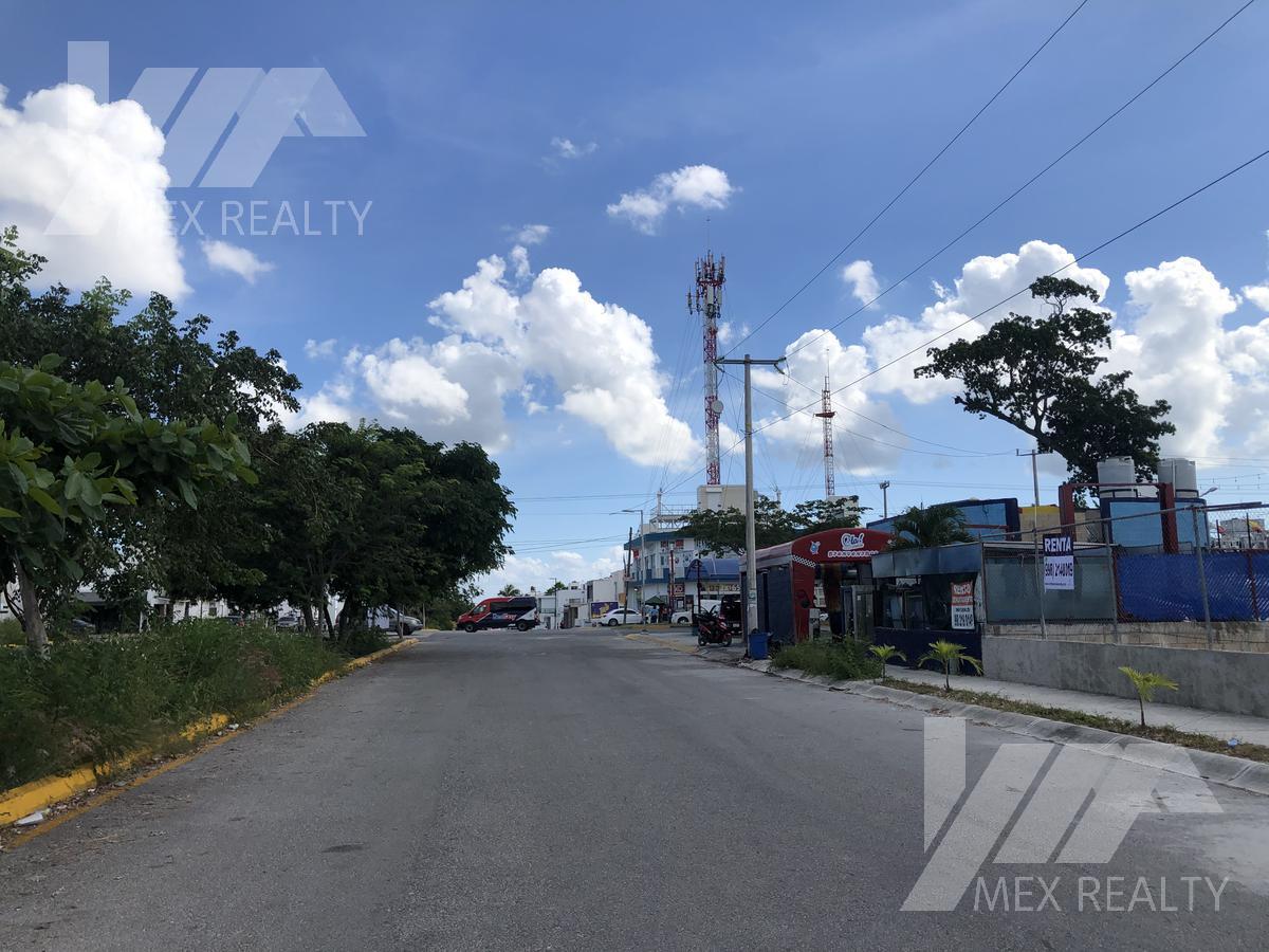 Foto Campo en Renta en  Supermanzana 320,  Cancún  Terreno en Renta en el Sur de Cancun