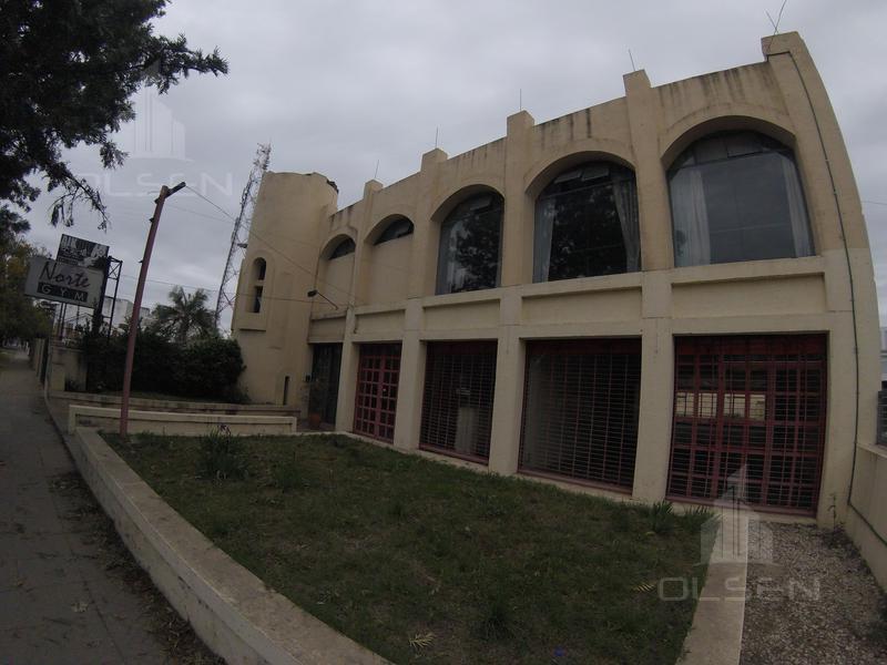 Foto Local en Venta en  Cerro De Las Rosas,  Cordoba Capital  Rafael Nuñez al 6000