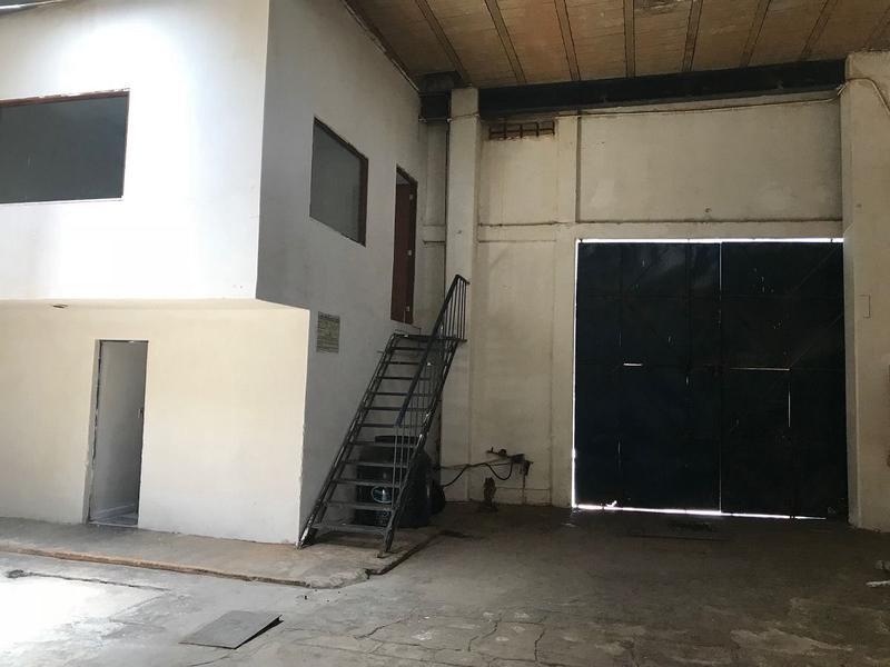 Foto Bodega Industrial en Renta en  Granjas Modernas,  Gustavo A. Madero  Bodega en renta en Granjas Modernas, Gustavo A. Madero
