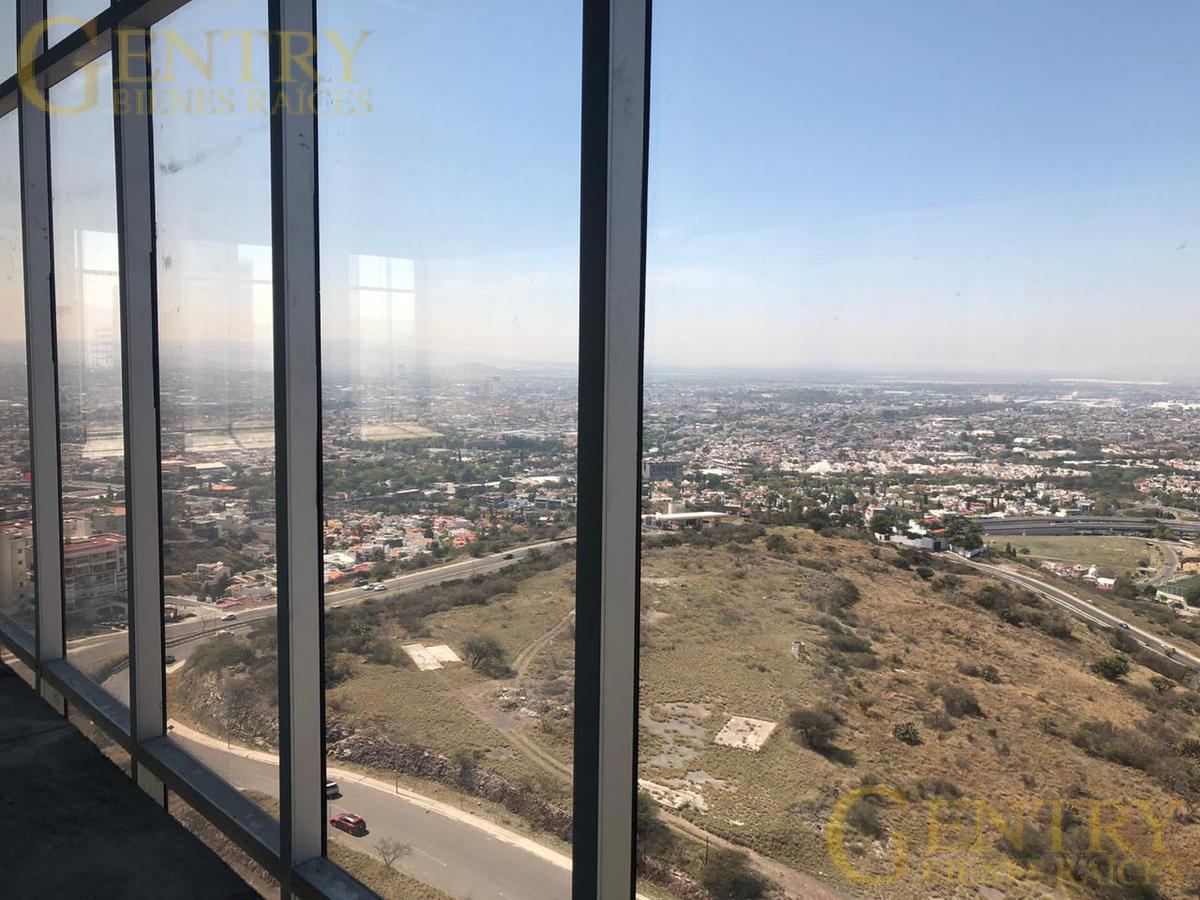 Foto Oficina en Renta en  Querétaro ,  Querétaro  Hasta 280 m2 en renta para oficinas en Torre Titanium