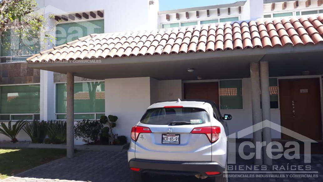Foto Casa en condominio en Renta en  Juárez (Los Chirinos),  Ocoyoacac  Lerma. Estado de México, Bosque de lo Encinos, Excelente casa tipo Aile en renta