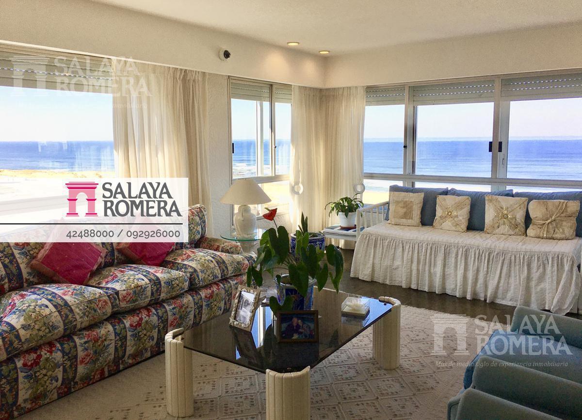 Foto Departamento en Venta en  Playa Brava,  Punta del Este  Playa Brava, primera linea. Vistas al mar! Dos dormitorios, dos baños