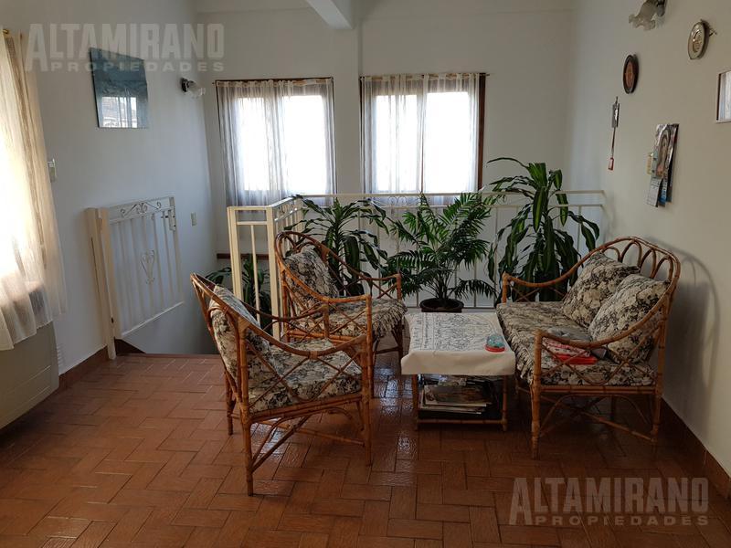 Foto PH en Venta en  Villa Ballester,  General San Martin  Chivilcoy al 5200 esq. Lamadrid