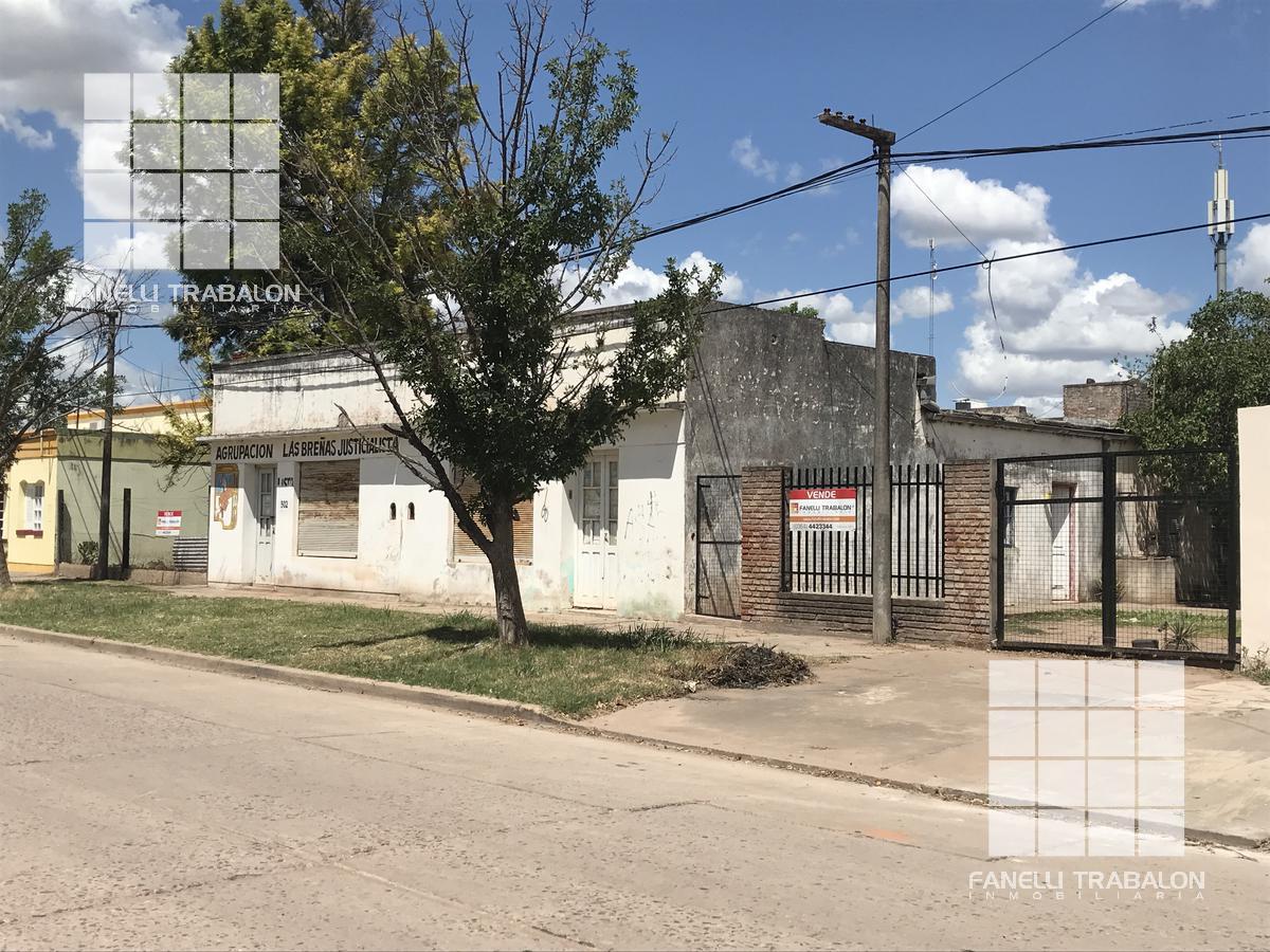 Foto Local en Venta en  Las Breñas,  9 De Julio  Sarmiento al 520-522