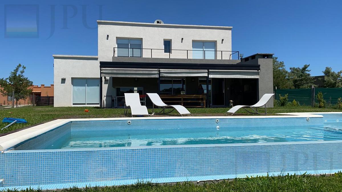 Foto Casa en Venta en  El Canton,  Countries/B.Cerrado (Escobar)  Barrio Norte al 900