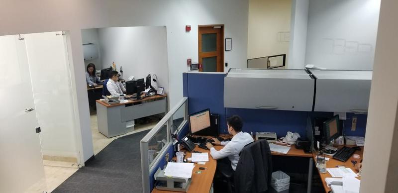 Foto Oficina en Venta en  Norte de Guayaquil,  Guayaquil  VENTA DE OFICINA 620M2 SECTOR MALL DEL SOL