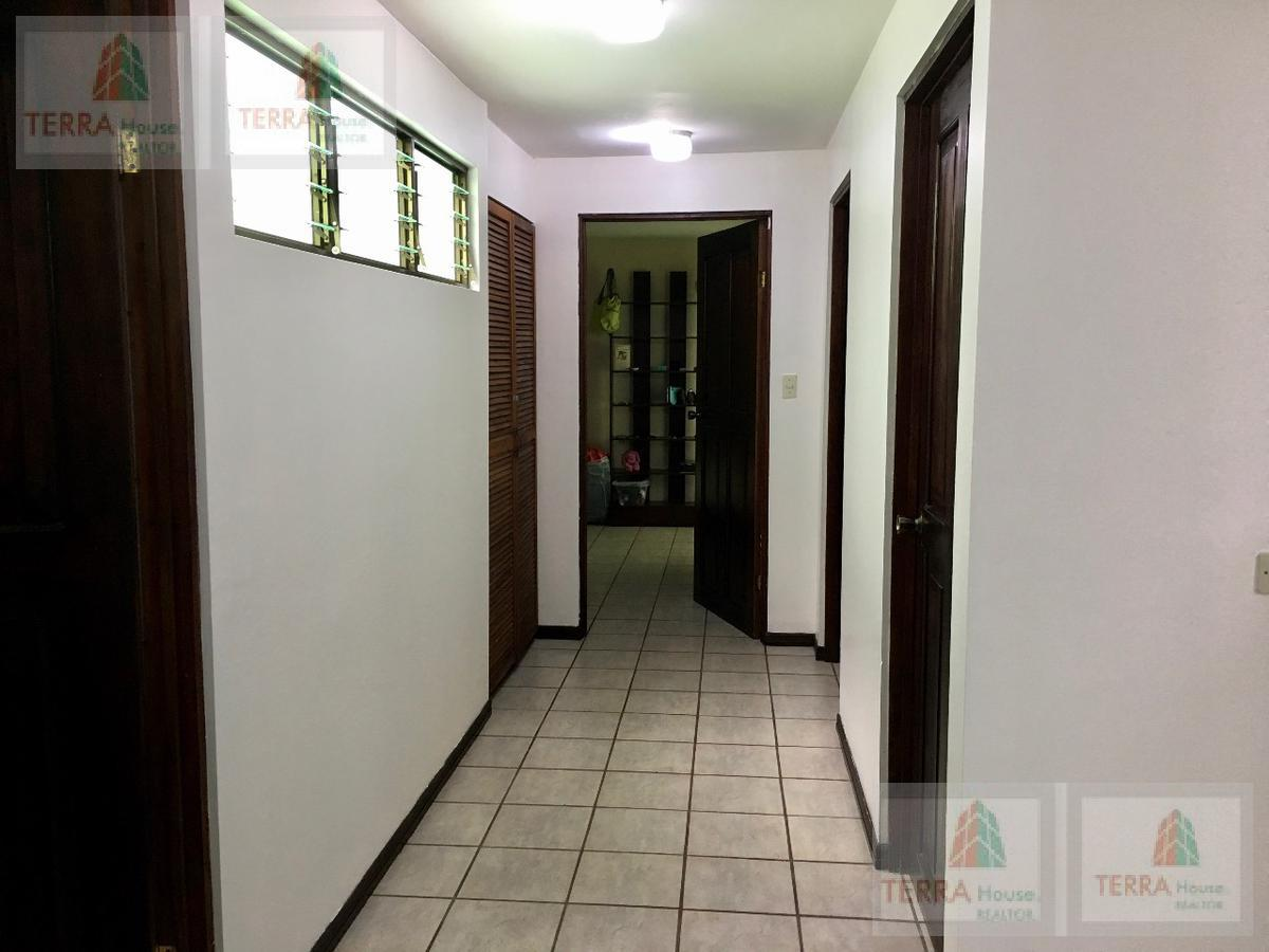 Foto Departamento en Venta en  Pavas,  San José         ROHRMOSER GEROMA EDIFICIO DE 4 APARTAMENTOS.