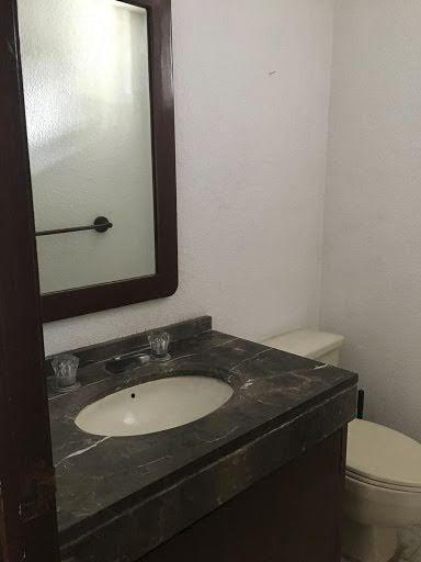 Foto Casa en Venta en  Valle de las Palmas,  Huixquilucan  Valle de las Palmas, casa a la venta para actualizar en Villa Concorde (MC)
