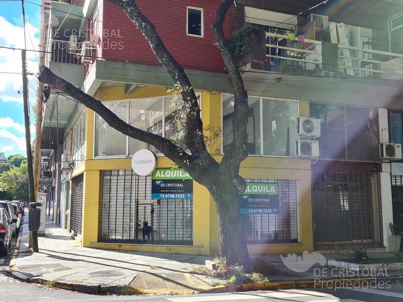 Foto Local en Alquiler en  Olivos,  Vicente López  Corrientes al 1400