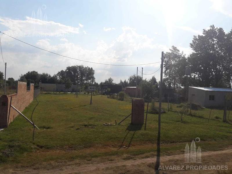 Foto Terreno en Venta en  General Rodriguez ,  G.B.A. Zona Oeste  Colon, Entre Guido Spano Y M. De Alvarez 1