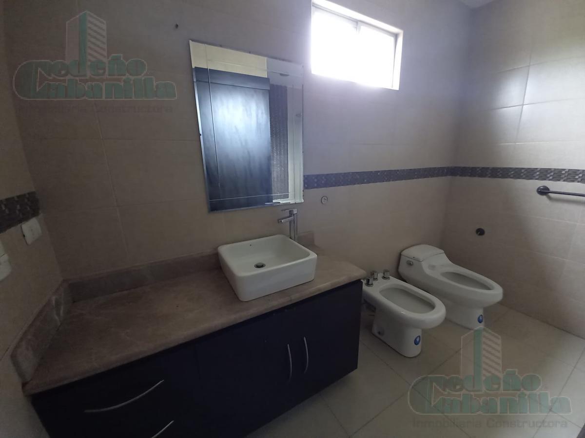 Foto Departamento en Alquiler en  Samborondón ,  Guayas  ALQUILER DE DEPARTAMENTO CENTRAL PARK PISO ALTO