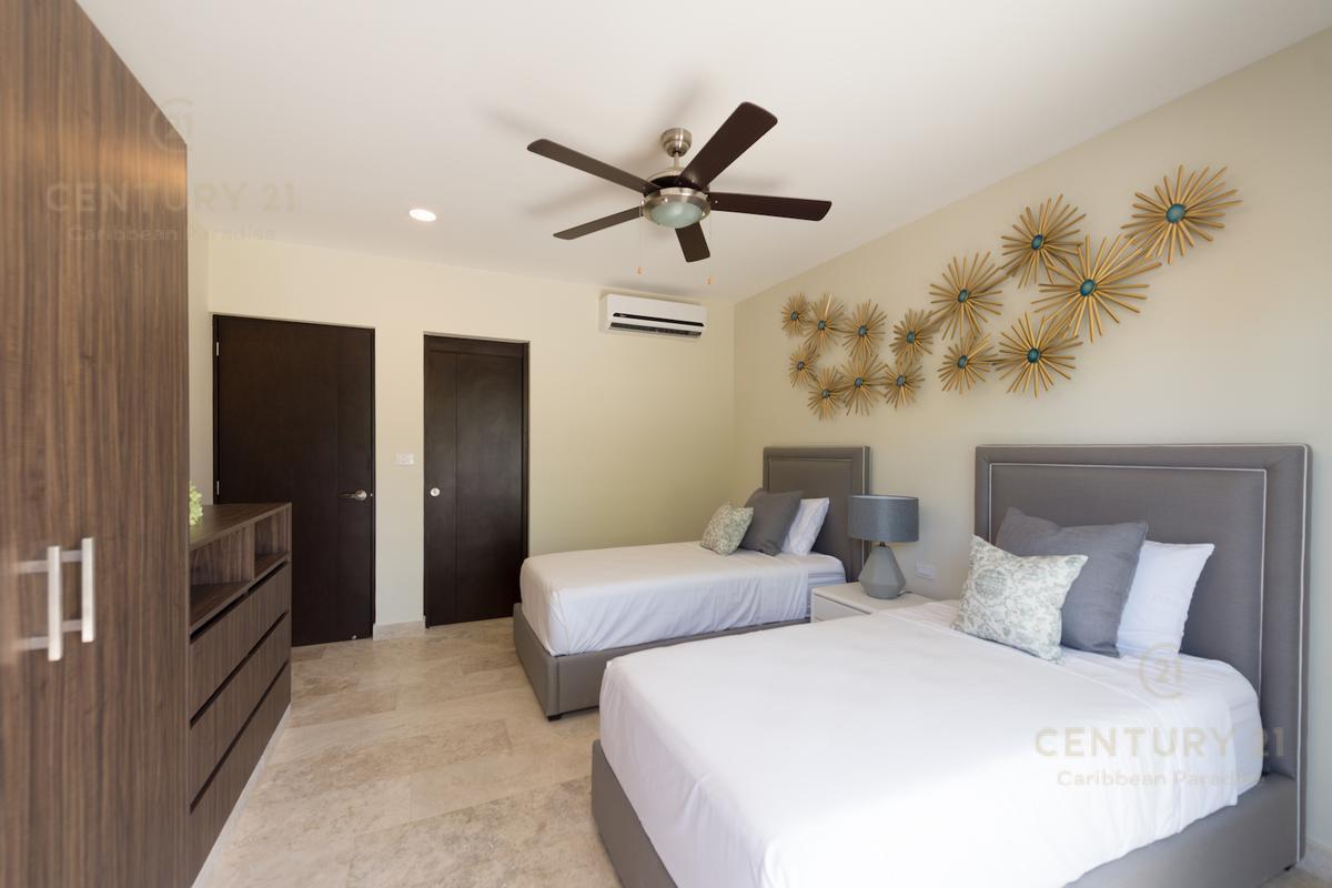 Playa del Carmen Apartment for Sale scene image 32