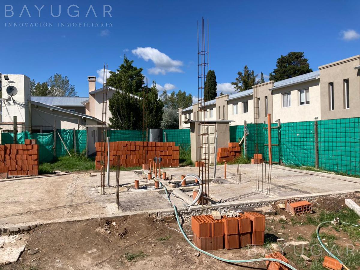 Foto Casa en Venta en  Villa Rosa,  Pilar  Excelente oportunidad dúplex a la venta con financiación en pozo  en La Fernanda  / Bayugar Negocios Inmobiliarios