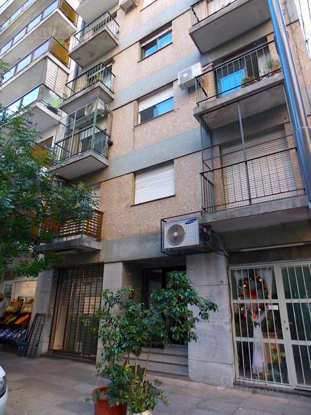 Foto Local en Venta en  Belgrano ,  Capital Federal  Santos Dumont al 2400