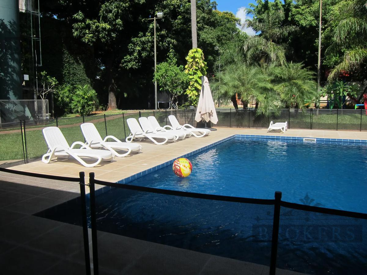 Foto Casa en Alquiler en  Mcal. Estigambia,  La Recoleta  Alquilo Casa 4 dormitorios con piscina, Barrio Mcal. Estigarribia