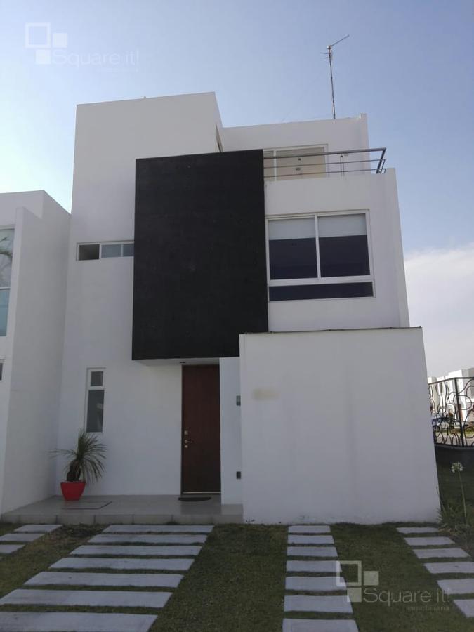 Foto Casa en Renta |  en  Fraccionamiento Lomas de  Angelópolis,  San Andrés Cholula  Casa en Renta, Normandía No. 264, Parque Provenza, Cascatta, Lomas de Angelópolis III