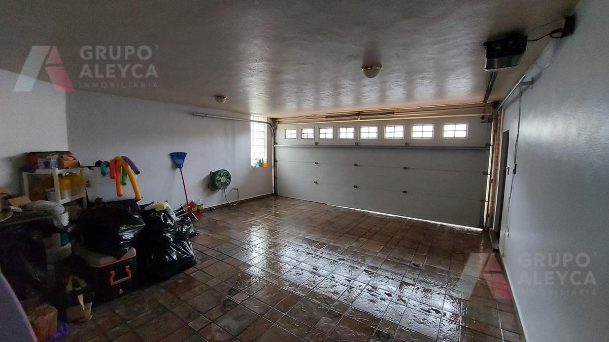 Foto Casa en Venta en  Cumbres 2do Sector,  Monterrey  Cumbres Segundo Sector, Monterrey