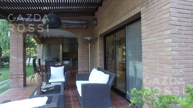 Foto Casa en Venta en  Saint Thomas,  Countries/B.Cerrado  ruta 58 km 3,5