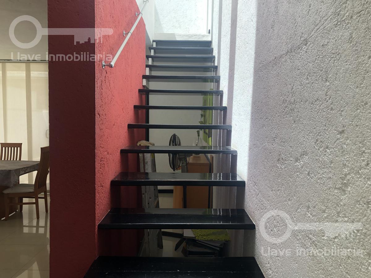 Foto Casa en Renta en  Fraccionamiento Paraíso Coatzacoalcos,  Coatzacoalcos          Casa Amueblada en Renta, Alfaro siqueiros, Fracc. Paraíso