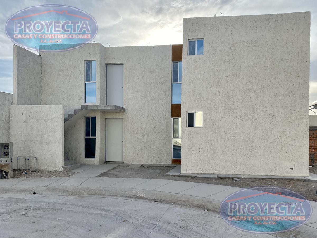 Foto Casa en Venta en  Barcelona ,  Durango  CASAS DUPLEX ECONOMICAS  CON TERRENO AMPLIO Y COMODA DISTRIBUCION