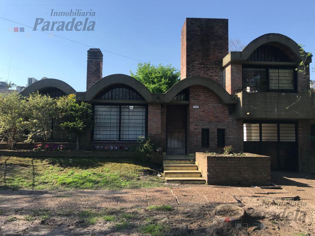 Foto Casa en Venta en  Ituzaingó Norte,  Ituzaingó  Alberti al 100