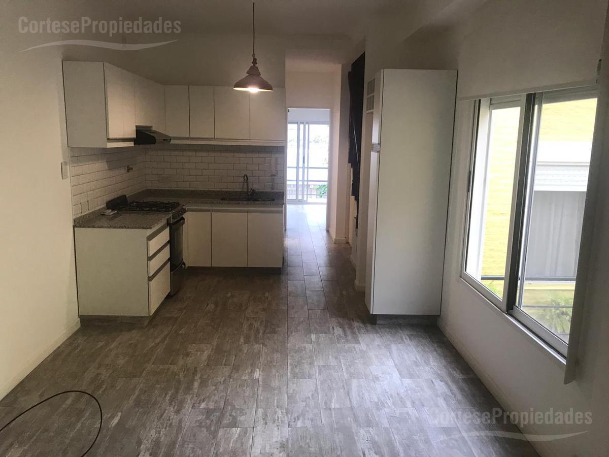 Foto PH en Venta en  Villa Urquiza ,  Capital Federal  Mendoza al 4400