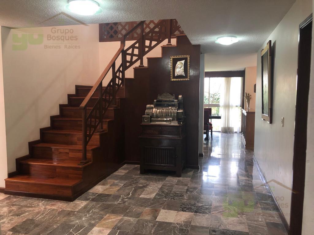 Foto Casa en Venta en  Lomas de las Palmas,  Huixquilucan  Casa en Venta en Lomas de las Palmas  en calle cerrada y jardín,  Huixquilucan
