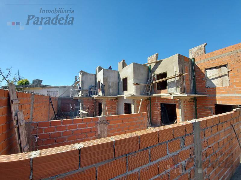 Foto PH en Venta en  Paso Del Rey,  Moreno  Independencia al 200