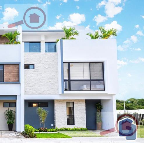 Foto Casa en Venta en  Fraccionamiento Cumbres Residencial,  Boca del Río  Casa en Venta con Roof Garden en Boca del Río