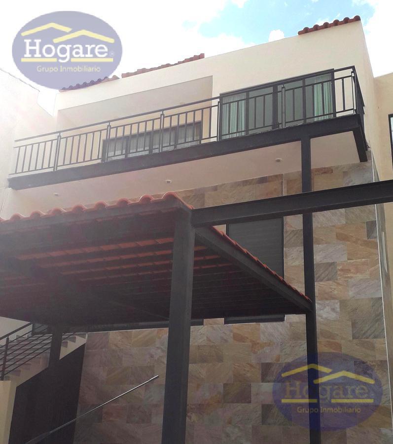 Casa en Renta en Zona Norte con excelente vista a la presa, Porta Fontana en León, Gto.