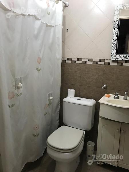 Foto Casa en Venta en  Ituzaingó ,  G.B.A. Zona Oeste  manuel alberti