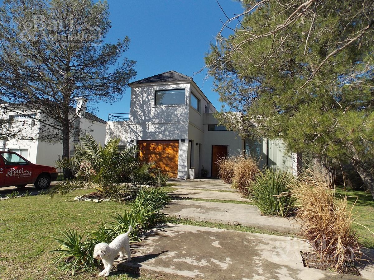 Foto Casa en Venta | Alquiler en  Saint Thomas,  Countries/B.Cerrado (E. Echeverría)  Ruta 58 Saint Thomas Este