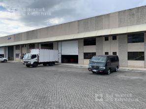 Foto Bodega Industrial en Renta | Venta en  Heredia ,  Heredia  Ofibodega disponible para alquiler en Lagunilla de Heredia