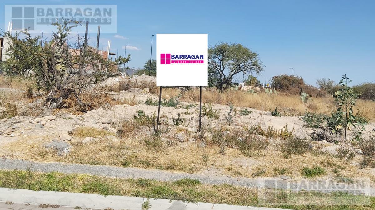 Foto Terreno en Venta en  Fraccionamiento El Campanario,  Querétaro  Terreno en Venta El Campanario, Querétaro