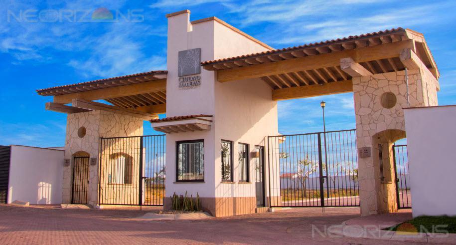 Foto Terreno en Venta en  Villa de Reyes,  Villa de Reyes  Oportunidad!! Terreno Residencial en Cd Maderas Zona Industrial de SLP